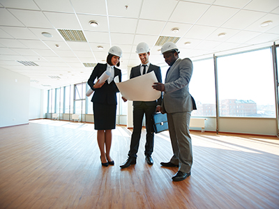 Project Management with three executive for a commercial office make good